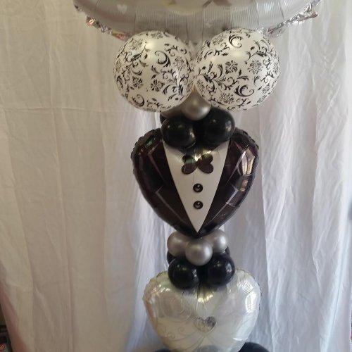 בלונים לחתונה בצורת חליפה
