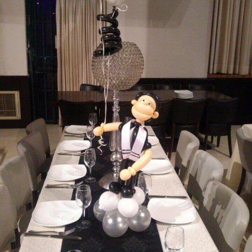 שולחן ערוך בלונים לבר מצווה