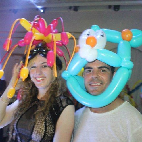 כובעים מבלונים